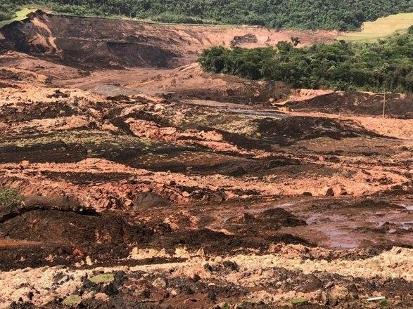 Bombeiros estimam 400 corpos em tragédia de Brumadinho, três vezes maior do que a tragédia de Mariana!