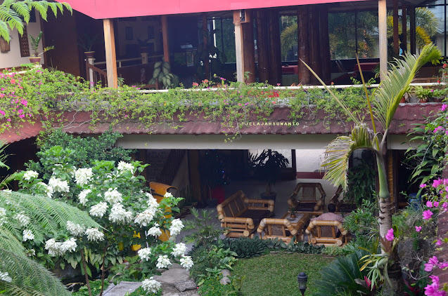 Hotel Indra Toraja Jl. Landorundun No. 63 Rantepao, Toraja Utara || JelajahSuwanto