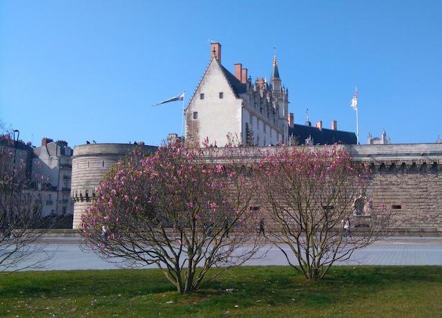 château, nantes, printemps, bullelodie