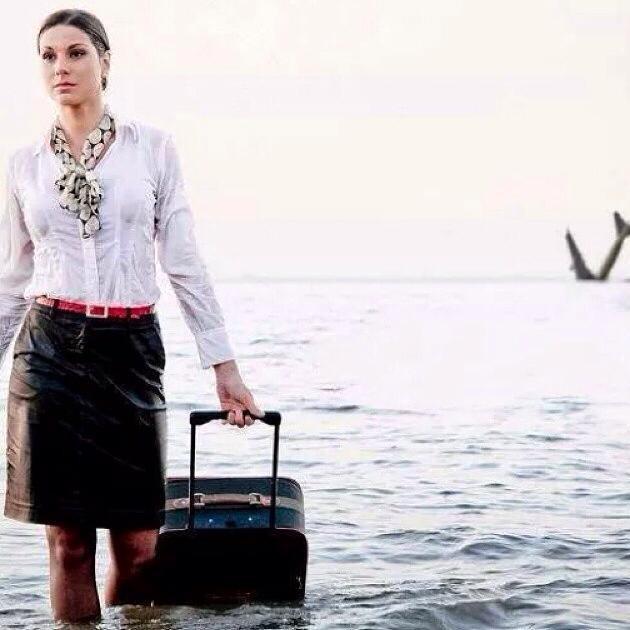 مضيفة مصر للطيران سمر عز الدين  أخبرت زملاءها أنّها ستموت ونشرت هذه الصورة المؤثرة أكثر من مرة قبل موتها شاهد هذه الصورة