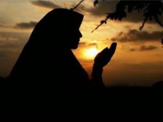 6 Doa Mujarab Pembuka Pintu Rezeki
