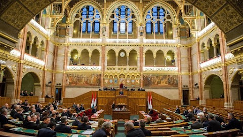 A jövő évi adóváltoztatásokat tárgyalják a képviselők