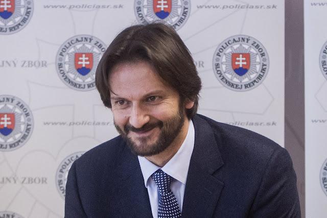 Robert Kaliňák podal demisiu