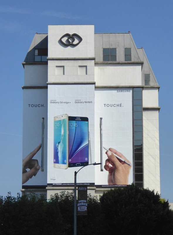 Samsung Galaxy Touch Touché smartphone billboard