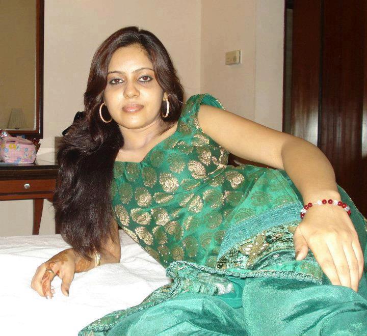 Hyderabad software girl hot telugu phone talk with boyfriend too much talk youtube3gp - 4 2