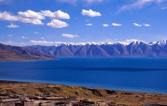 原始苯教崇拜的最大的聖湖-當惹雍措