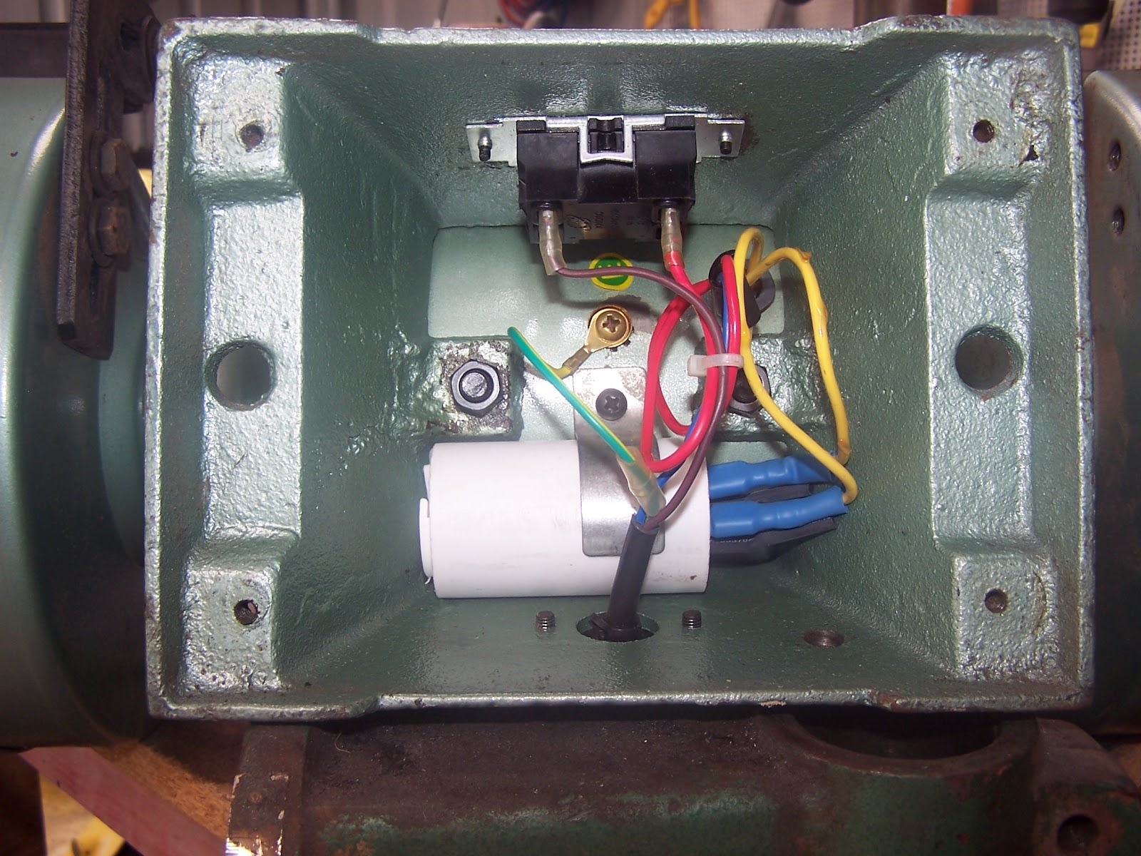 bench grinder on off switch @cf51 \u2013 roccommunity Bench Grinder Wiring Diagram bench grinder that has no on off switch
