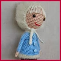 Muñeca esquimal amigurumi