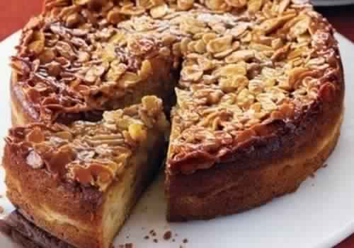 How to prepare cake almonds and honey
