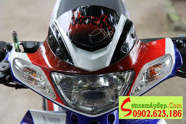 Sơn phối màu tem đấu Yamaha Z125 trắng xanh đỏ đen