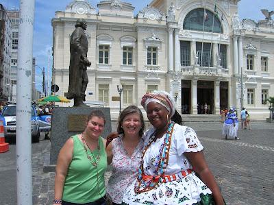 Bahiana, Plaza Municipal, Salvador de Bahía, Brasil, La vuelta al mundo de Asun y Ricardo, round the world, mundoporlibre.com