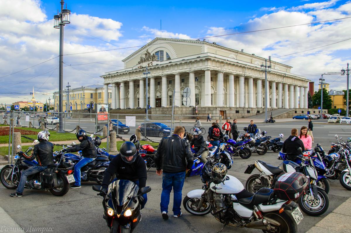 Байкеры на Васильевском острове