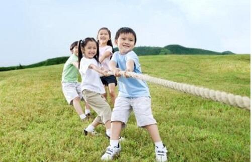 كيفية بناء شخصية الطفل