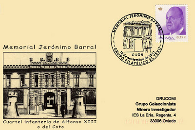 Tarjeta del matasellos de El Texu en memoria de Jerónimo Barral con el antiguo cuartel de infantería Alfonso XIII de Gijón.