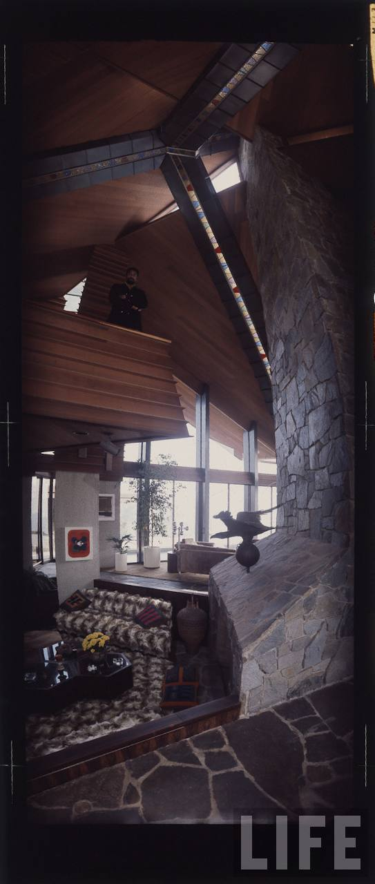 Inside Wilt Chamberlain S Bungalow 1972 Vintage Everyday