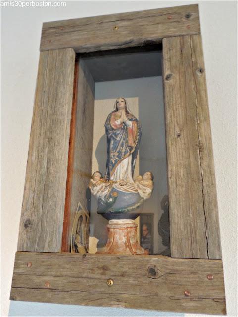 Nuestra Señora de la Inmaculada Concepción en el Azorean Whaleman Gallery del Museo de las Ballenas de New Bedford