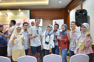 saya dan teman teman blogger menghadiri konferensi pers combiphar tennis open 2018 di the sultan hotel and residence jakarta nurul sufitri