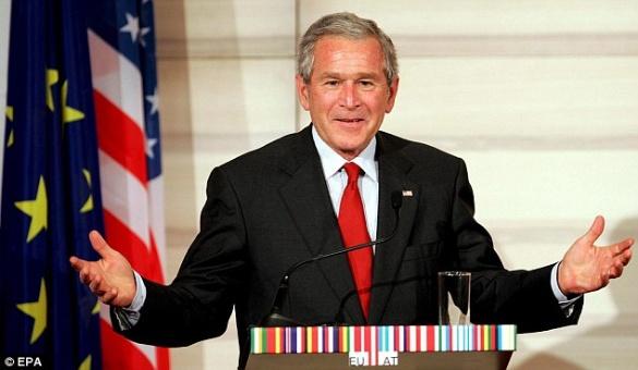 George W. Bush negó su voto a Clinton y a Trump