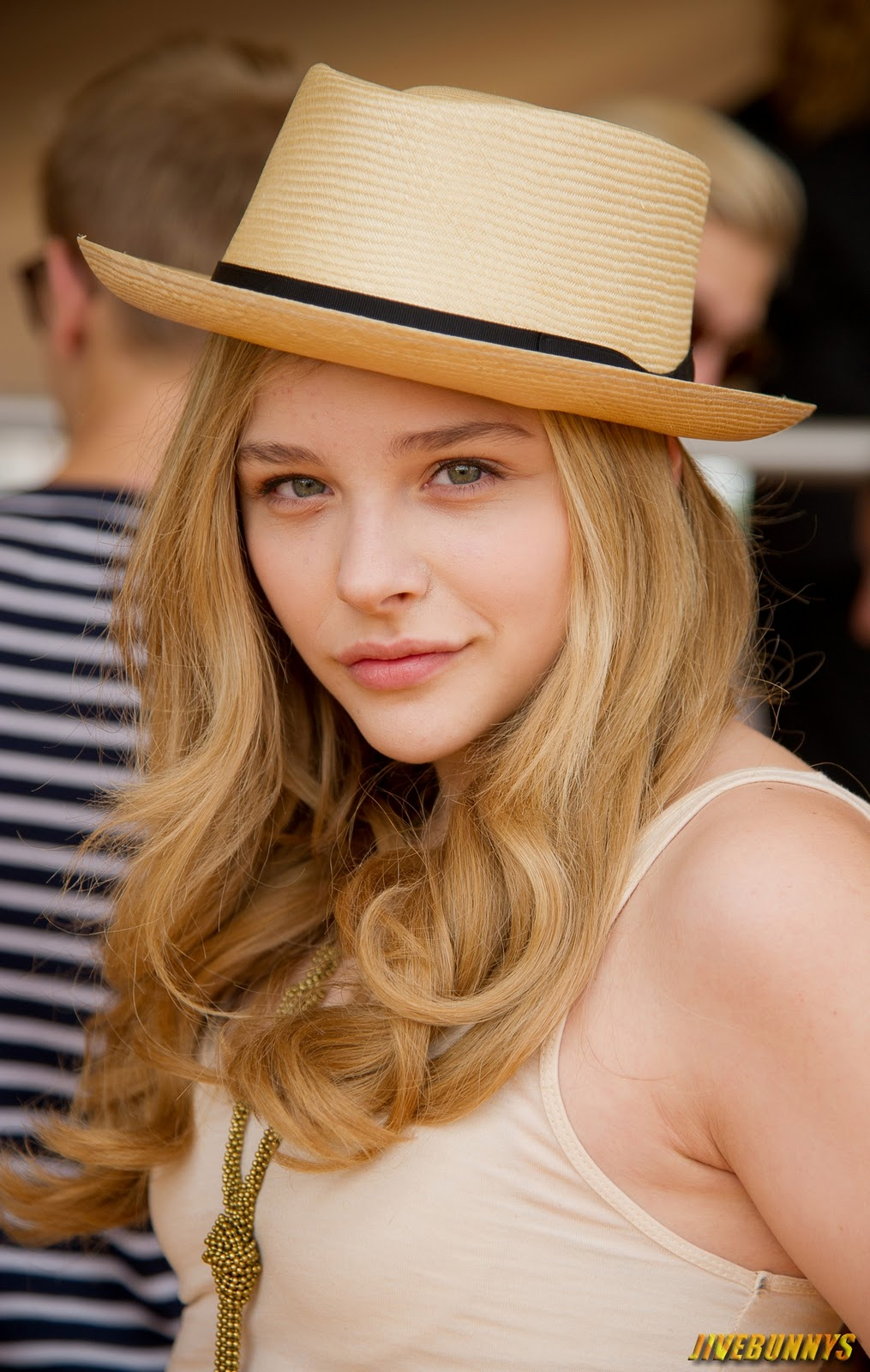 Chloe Grace Moretz Naked Photos