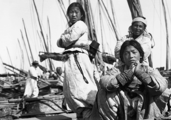 1904+jack+london+photo+of+korean+boatmen