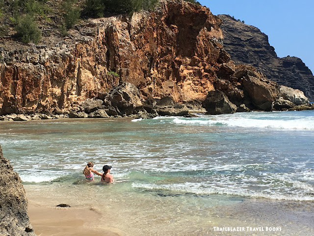 Trailblazer s Hawaii Guides: Adventure in your Pocket. Memories in the Bank.