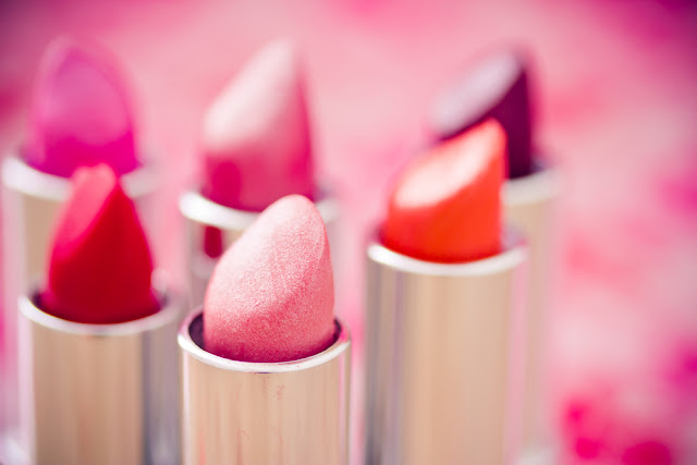 5 BIGGEST LIPSTICK PUTTING MISTAKES