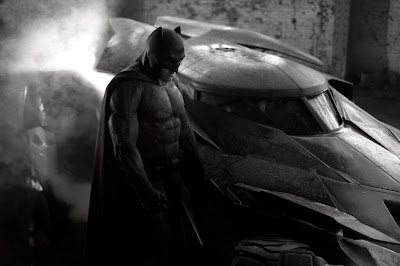 New Batman costume Ben Affleck Superman Batmobile