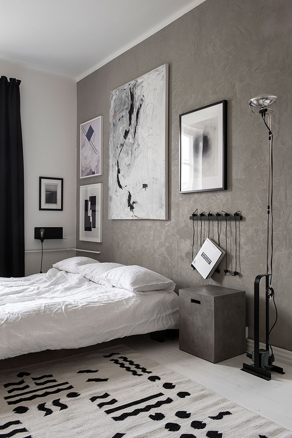 Bedroom with textured walls | Design by Laura Seppänen, photo by Paulina Salonen
