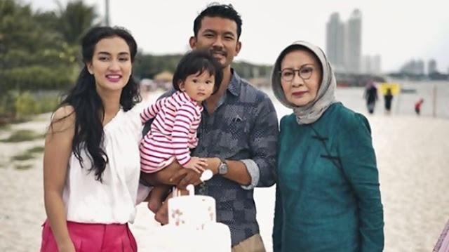 Atiqah Hasiholan Dijadwalkan akan Diperiksa Hari Ini terkait Kasus Hoaks Ratna Sarumpaet