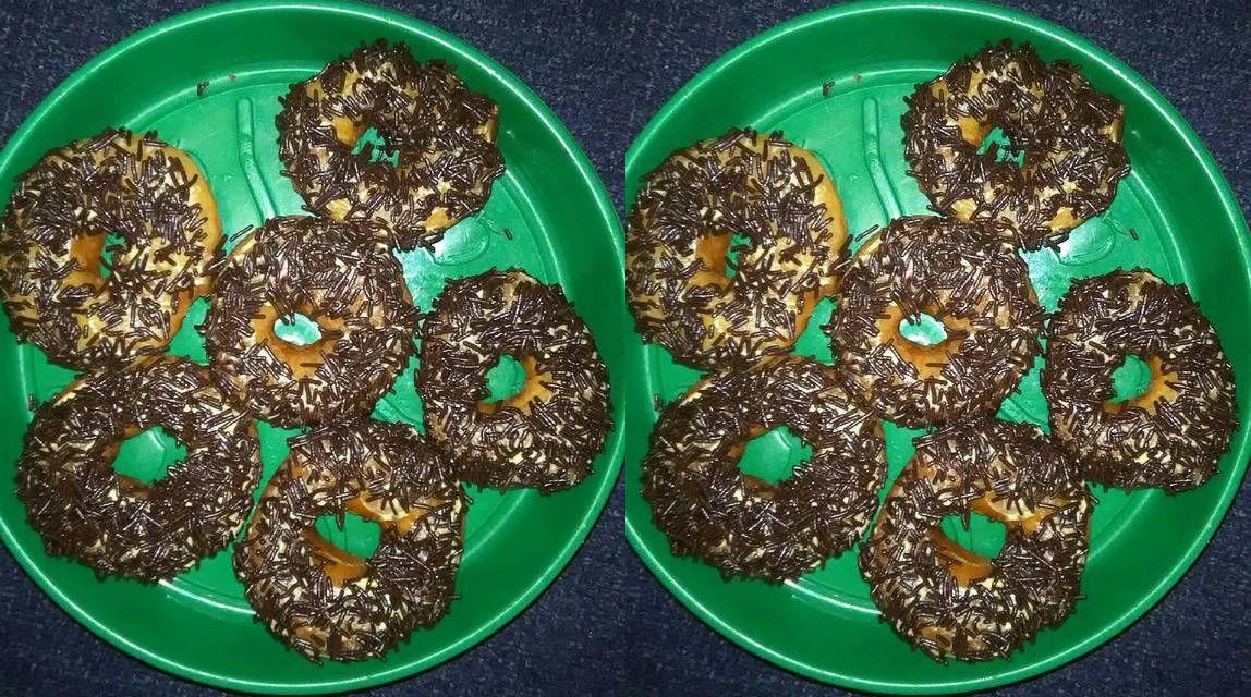Resep Donat Kentang Cokelat (cookpad.com)