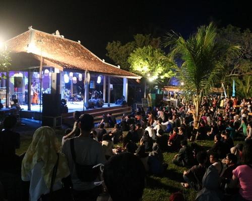 Tinuku.com Travel Ngayogjazz, an annual international jazz festival as folk culture in rural atmosphere of Yogyakarta