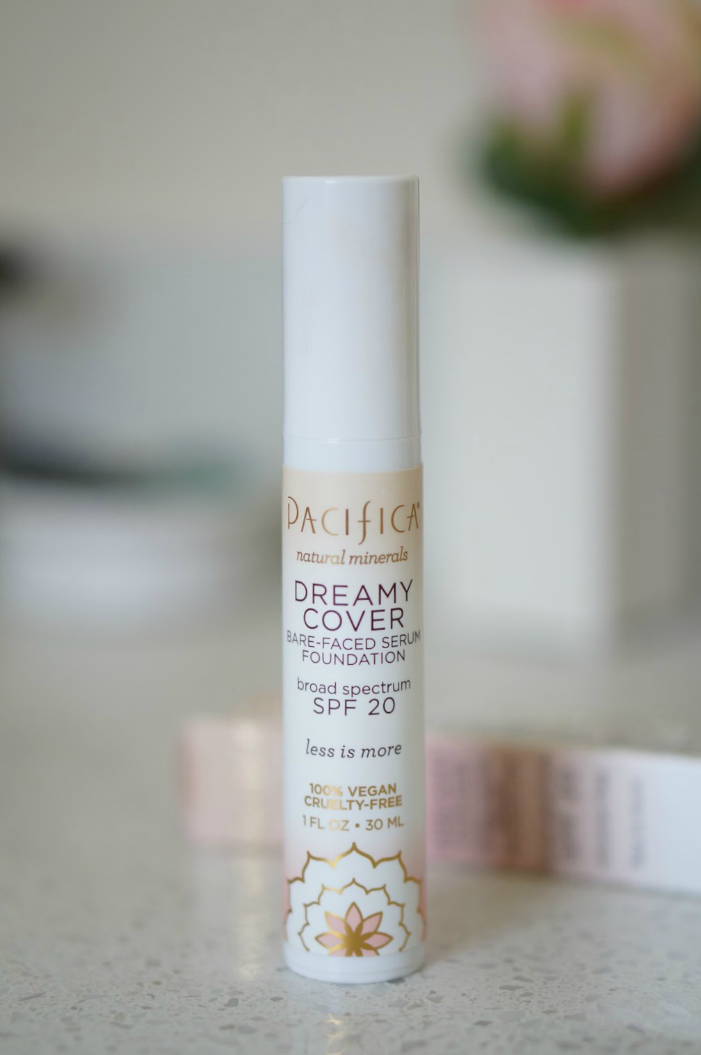 Popular North Carolina style blogger Rebecca Lately shares her thoughts on the Pacifica Dreamy Cover Bare- Faced Serum Foundation. Click here to read her latest #foundationfriday!