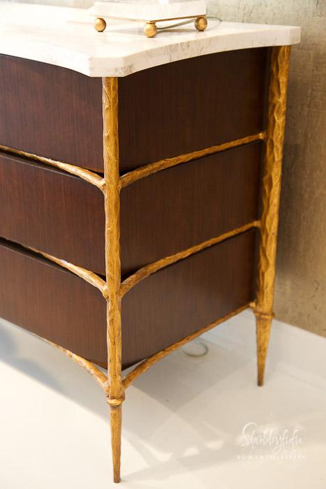 gold carved furniture
