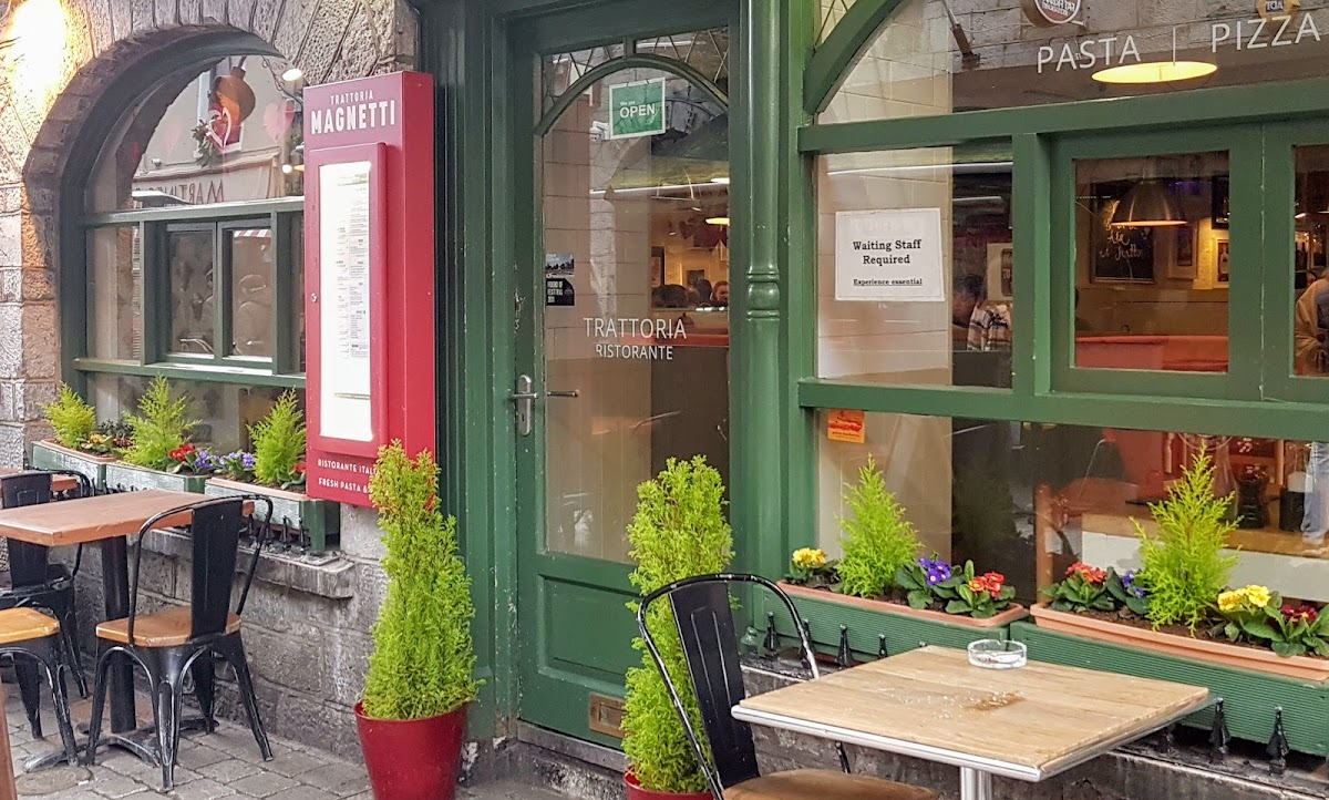 Italian restaurant in Quay St Galway with outdoor dining area.
