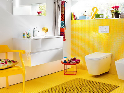 Bathrooms With Lots of Color 4