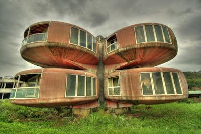 Un hotel abandonado