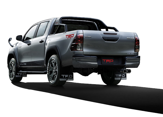 Toyota Hilux Black Rally Edition in Japan. Bdffe35d-toyota-hilux-black-rally-14
