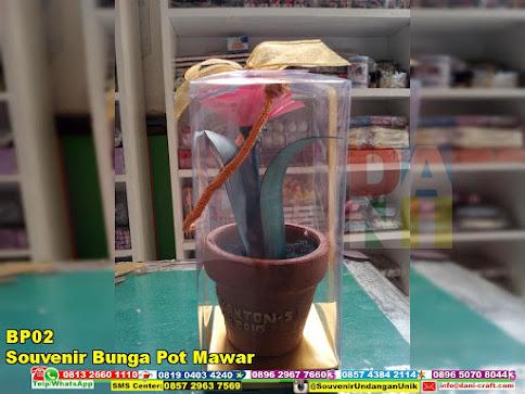 souvenir bunga pot mawar harga murah