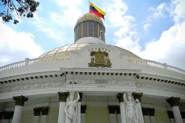 Maduro apoya una eventual disolución de la Asamblea Nacional