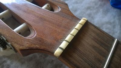 Luthier, conserto, reparo, manutenção, assistencia tecnica de instrumentos muscais zona leste sp