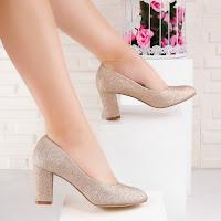Pantofi dama cu toc aurii Yolevia