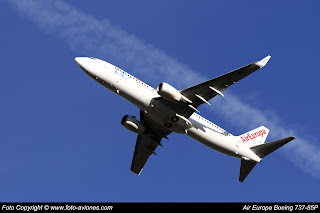 AVIÓN BOEING 737 NEXT GEN EC-JBL