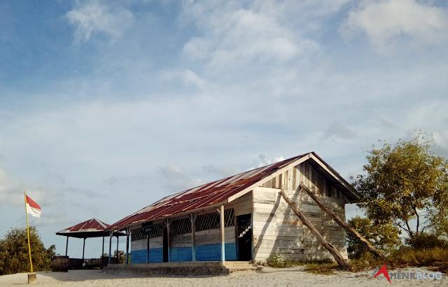 SD Muhammadiyah Gantung, atau dikenal dengan sebutan SD Laskar Pelangi, Beltung Timur