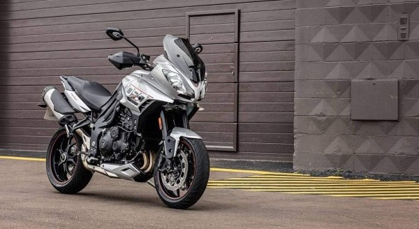 Triumph Tiger Sporty ADN Speed Triple 2016