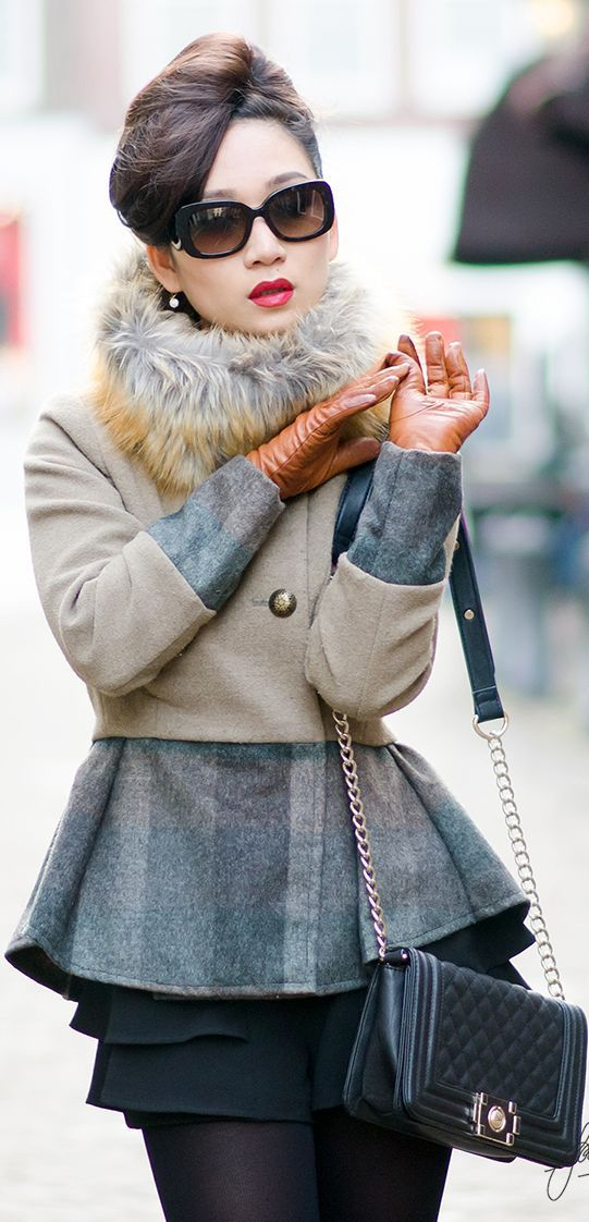 chic winter street style outfit with mini skirt and bright gloves