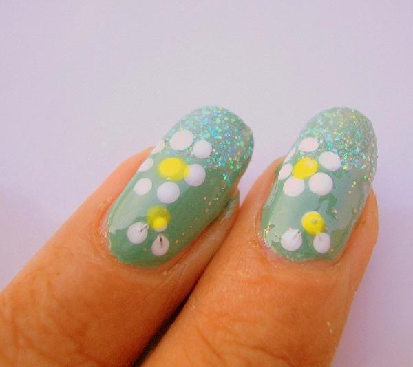 Outstanding Nail Art Flower Designs for Beginners ...