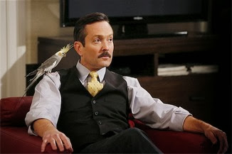 Sean Saves The World, Thomas Lennon es Max, el jefe
