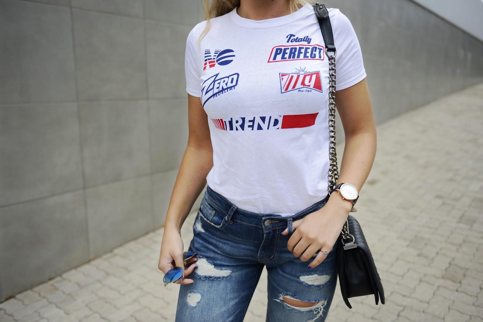 Zara ripped denim boyfriend jeans casual style
