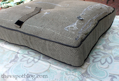 Outstanding No Sew Project How To Recover Your Outdoor Cushions Using Home Interior And Landscaping Ferensignezvosmurscom