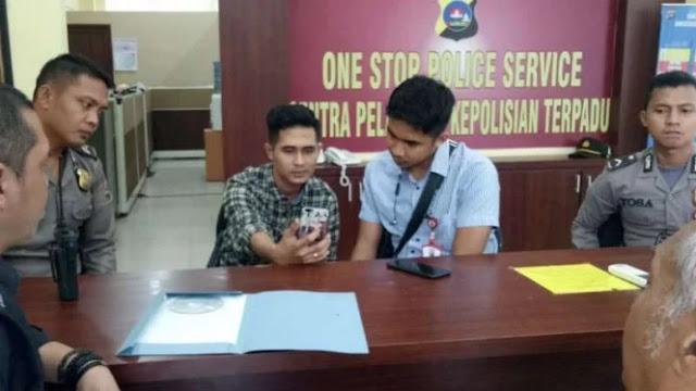Sebut Haji Agus Salim Kayak Kambing, Rocky Gerung Dilaporkan ke Polisi